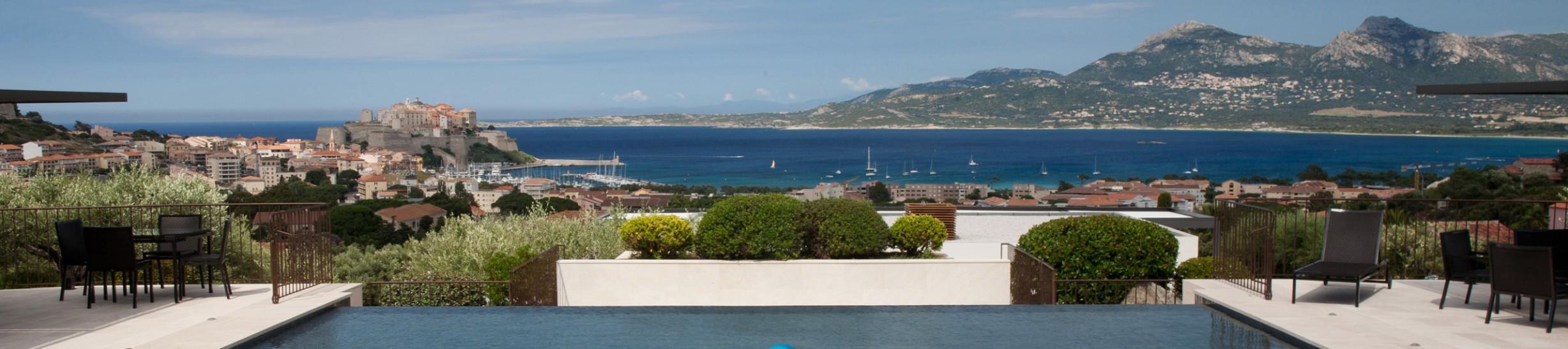 cropped-vue-de-la-villa.jpg
