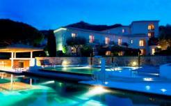 Hotel La Villa soir compressé