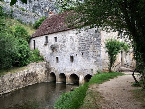 HOSTEmoulin