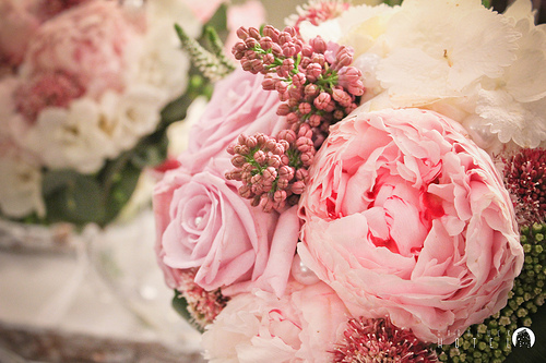 peony-and-lilac-wedding-flowers