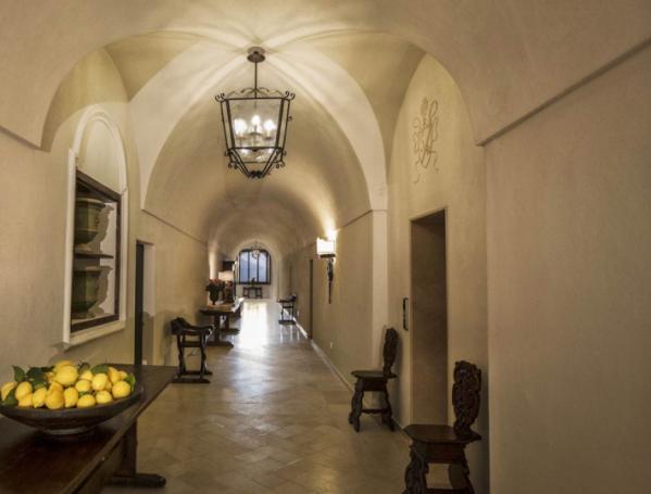 monastero-santa-rosa-hotel-spa-italy-1-3-710x540