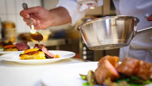 monasteromsr-chef-saucing-photo-by-maurice-naragon