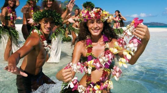 tahiticouronnes_de_fleurs_de_tiare_polynesie_francaisectim_mckenna