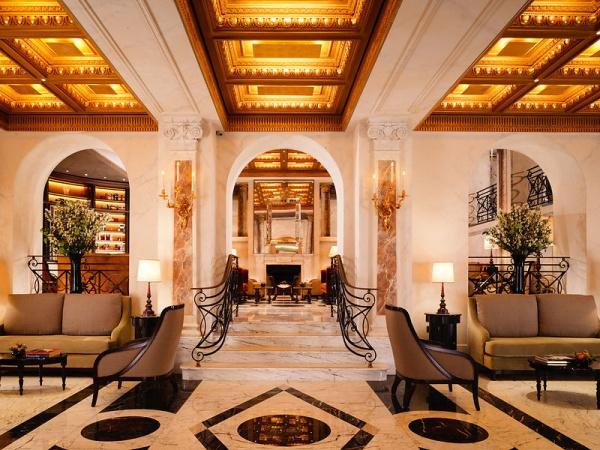 dorchester-collection-hotel-eden-lobby