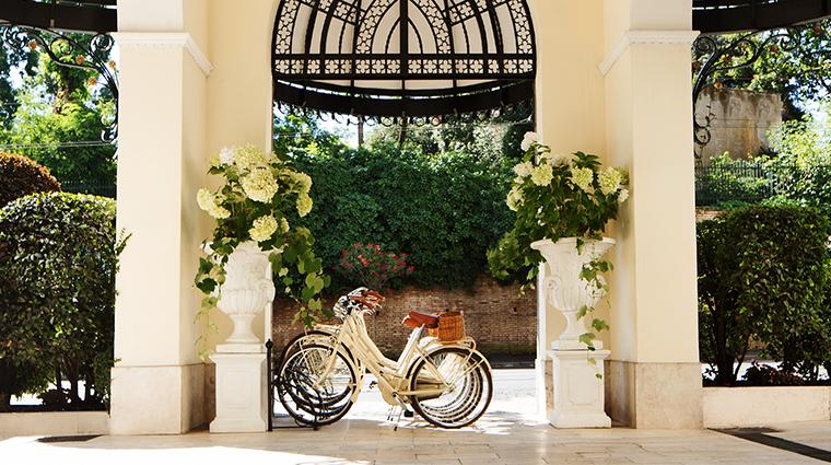 Aldrovandi-Villa-Borghese-Hotel-External-Entrance