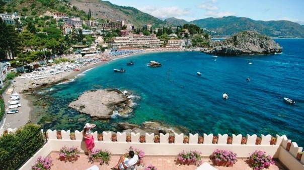 888Belmond-Villa-Sant-Andrea-Taormina-SYCYLIA-16-1015x571