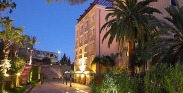 pietro 4 Grand-Hotel-San-Pietro-Taormina